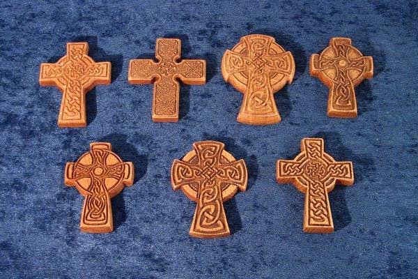 варианты узоров на кельтских крестах