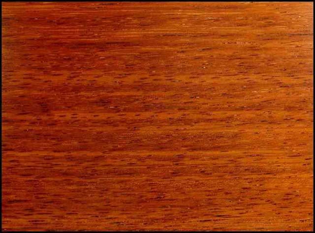 текстура древесины мербау