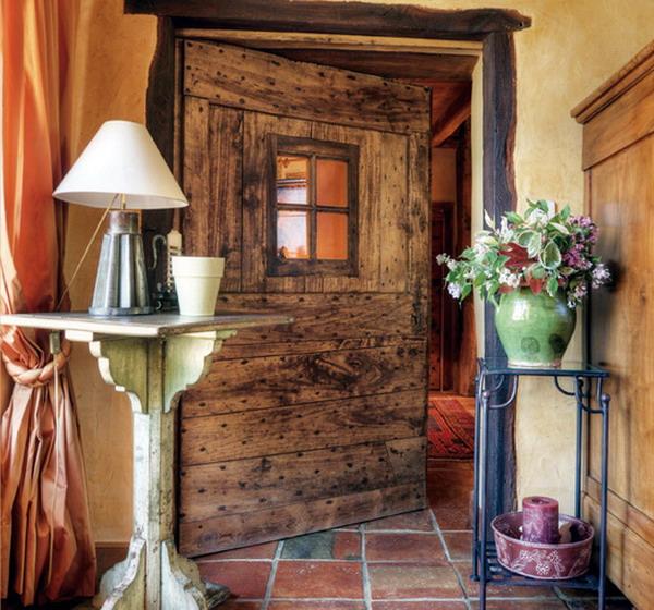 Old-Door-France-Home-Design
