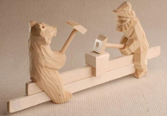 богородская игрушка мужик и медведь