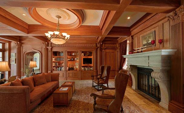 комната отделанная деревом