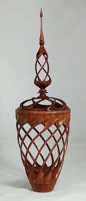 Резная ваза - плетенка