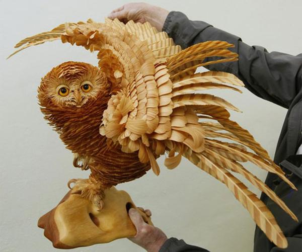 скульптура объемная резная деревянная сова из опилок