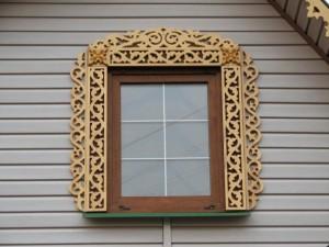 резное окно