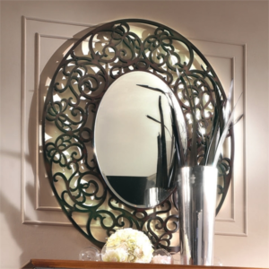 Ажурное деревянно зеркало