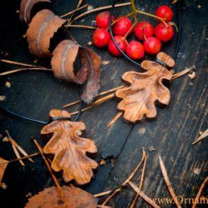 кулон дубовый лист